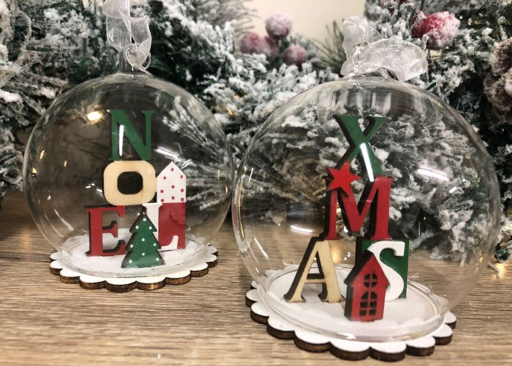NOEL & XMAS Glass Christmas Bauble with Wooden Decoration - Set of 2